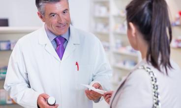 Pharmacie de Roches SA - Eaux-Vives - Genève - Entretien avec Pharmarcien